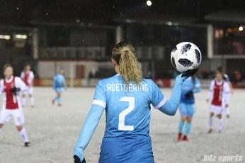 FC Twente defender Maud Roetgering (2)