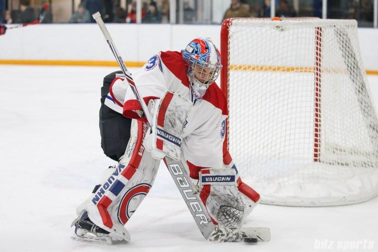 Montreal Les Canadiennes goalie Emerance Maschmeyer (38)