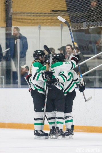 The Markham Thunder celebrate forward Jamie Lee Rattray's (26) goal