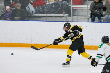 Boston Blades forward Erin Kickham (6)