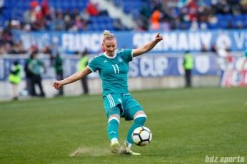 Team Germany forward Alexandra Popp (11)