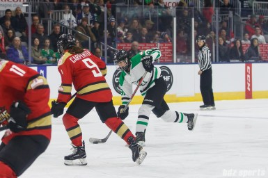 Markham Thunder forward Jenna McParland (91) takes a shot on goal