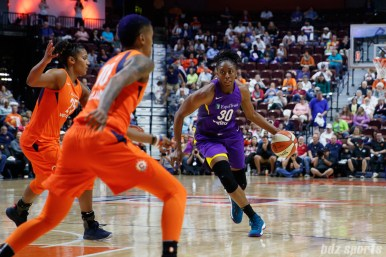 Los Angeles Sparks forward Nneka Ogwumike (30)