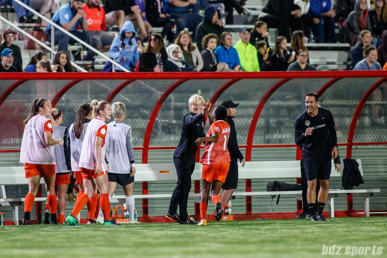 Houston Dash forward Thembi Kgatlana (11) celebrates her goal with Dash coach Vera Pauw