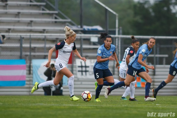 North Carolina Courage midfielder Denise O'Sullivan (8)