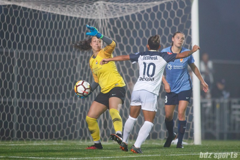 Sky Blue FC goalie Kailen Sheridan (1) looks to throw the ball back into play