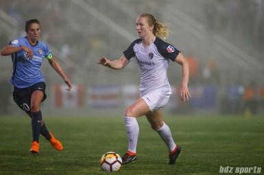 North Carolina Courage midfielder Samantha Mewis (5)