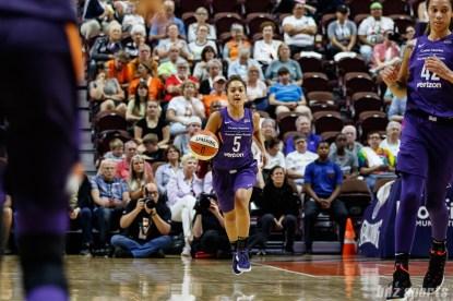 Phoenix Mercury guard Leilani Mitchell (5)