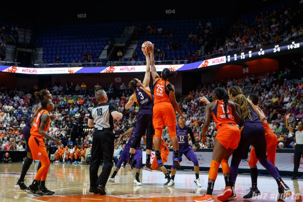 Connecticut Sun forward Alyssa Thomas (25) and Phoenix Mercury guard Diana Taurasi (3)