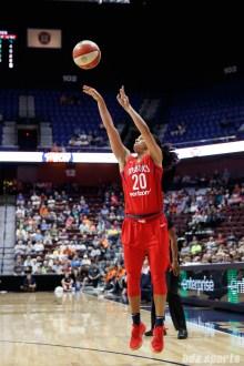 Washington Mystics guard Kristi Toliver (20)