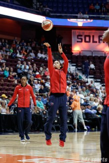Washington Mystics guard Kristi Toliver (20)