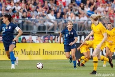 Team USA midfielder Lindsey Horan (9)