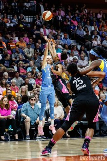 Chicago Sky guard Allie Quigley (14)