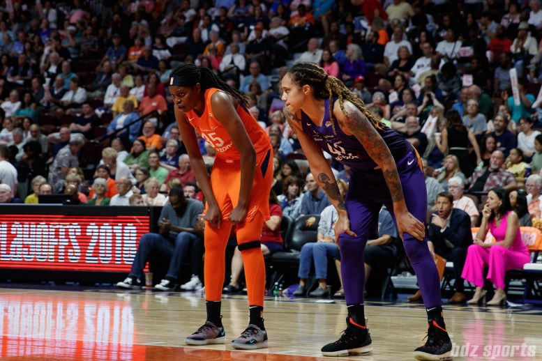 Connecticut Sun center Jonquel Jones and (35) Phoenix Mercury center Brittney Griner (42)