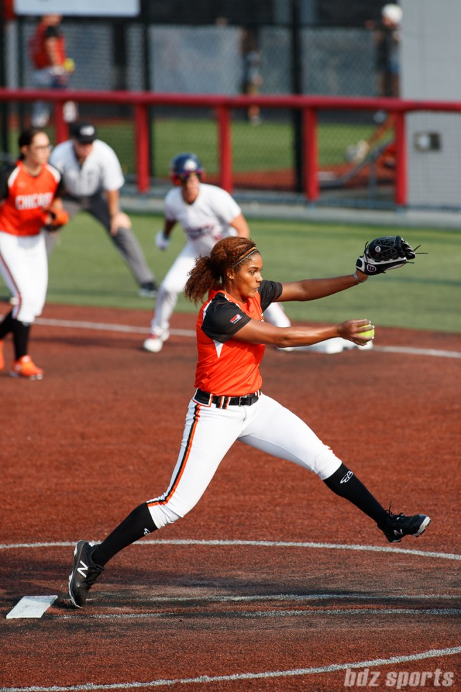 Chicago Bandits pitcher Aleshia Ocasio (4)