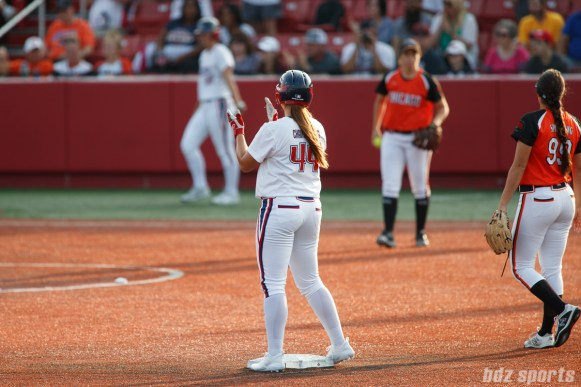 USSSA Pride first baseman Lauren Chamberlain (44)