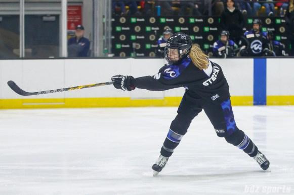 Minnesota Whitecaps defender Lee Stecklein (2)