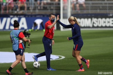 USWNT head coach Vlatko Andonovski high fives midfielder Lindsey Horan (9) in the second of two 2021 WNT Send-Off Series games between the USWNT and Mexico at Rentschler Field in East Hartford, CT on July 5, 2021.