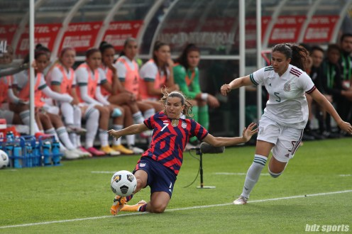 USWNT midfielder Tobin Heath (7) keeps the ball from going out in the second of two 2021 WNT Send-Off Series games between the USWNT and Mexico at Rentschler Field in East Hartford, CT on July 5, 2021.