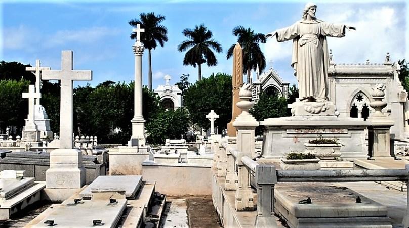 Your ultimate must-see list for Havana. Cuba Necropolis de Cristobel Colon