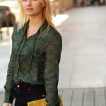miriam-ernst-fashion-blogger-yellow-bag-eleonor-and-louise-green-blouse-jeans1