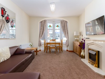 Beachcliffe Lodge, Apartment 6, Ground Floor Flat