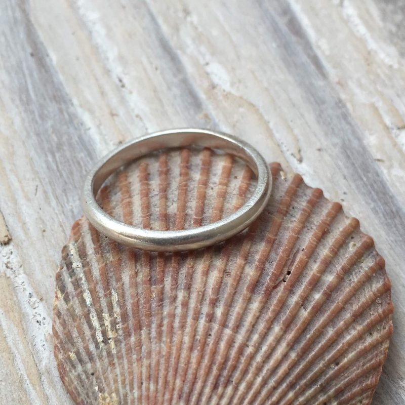 Slim recycled silver d-shaped ring