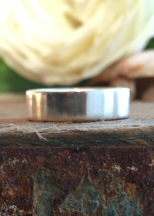 5 mm recycled silver square band ring