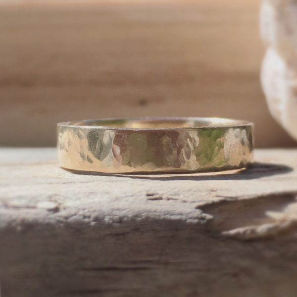 Môr – recycled gold band ring