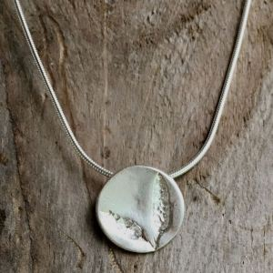 sea oak seaweed pendant