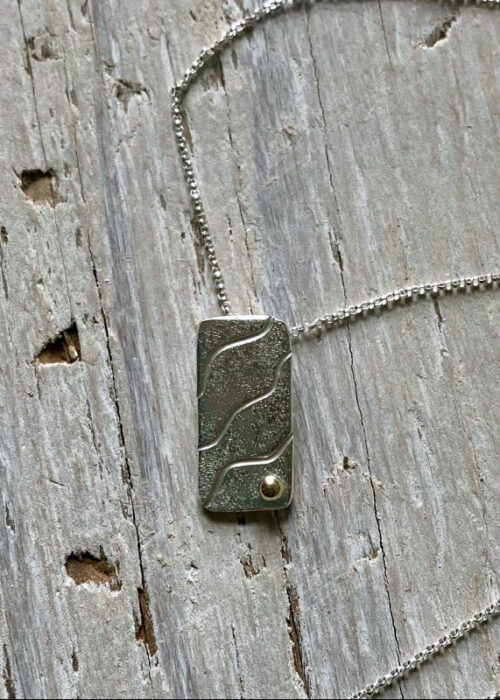 sand ripples rectangle pendant