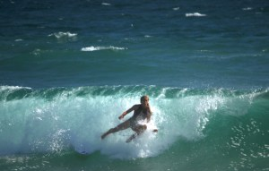 Fan Surfer 2017 Vans US Open Of Surfing - Copyright 2017 Scott Bourquin