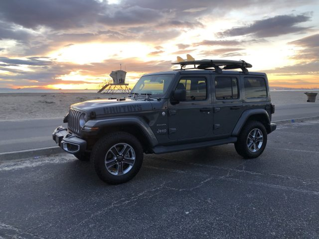CoolToys TV Ride at the beach - 2019 Jeep JLU Good enough to be a CruToy.