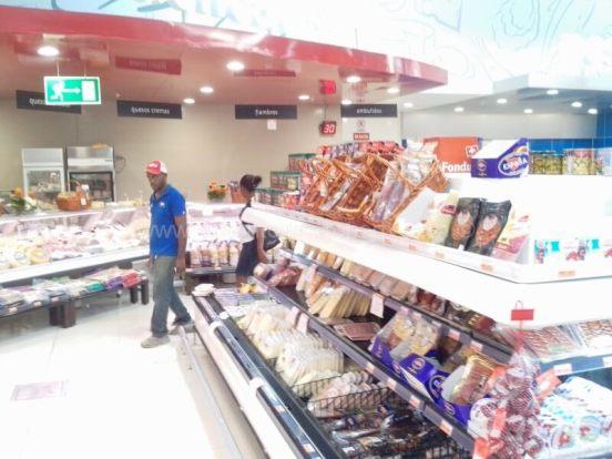 Super Pola supermarket Las Terrenas