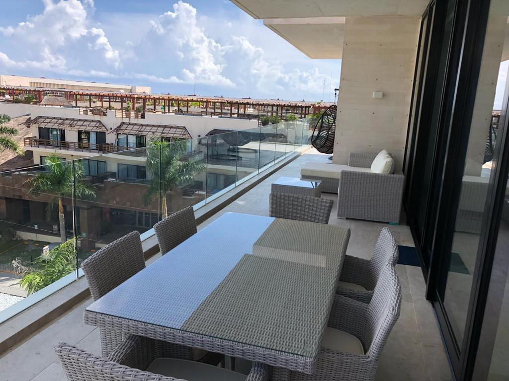 properties in playa del carmen oceana penthouse 517 15