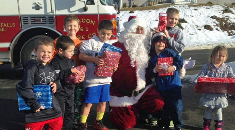 Christmas Tree Sales, Bring Santa Home and More Holiday Fun