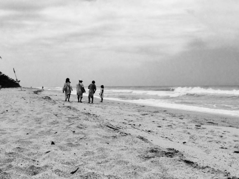 Indigene Koguis am Strand von Palomino