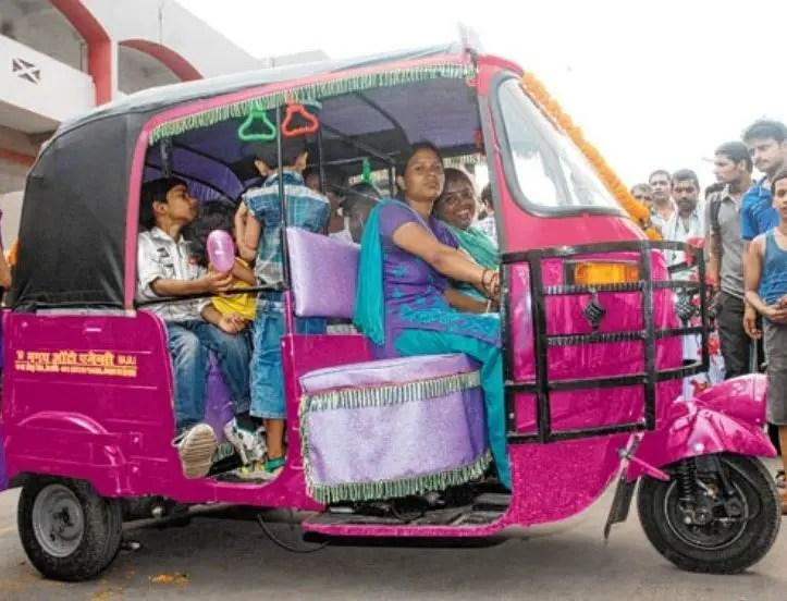 Female-Rickshaw-Drivers-Be-An-Inspirer