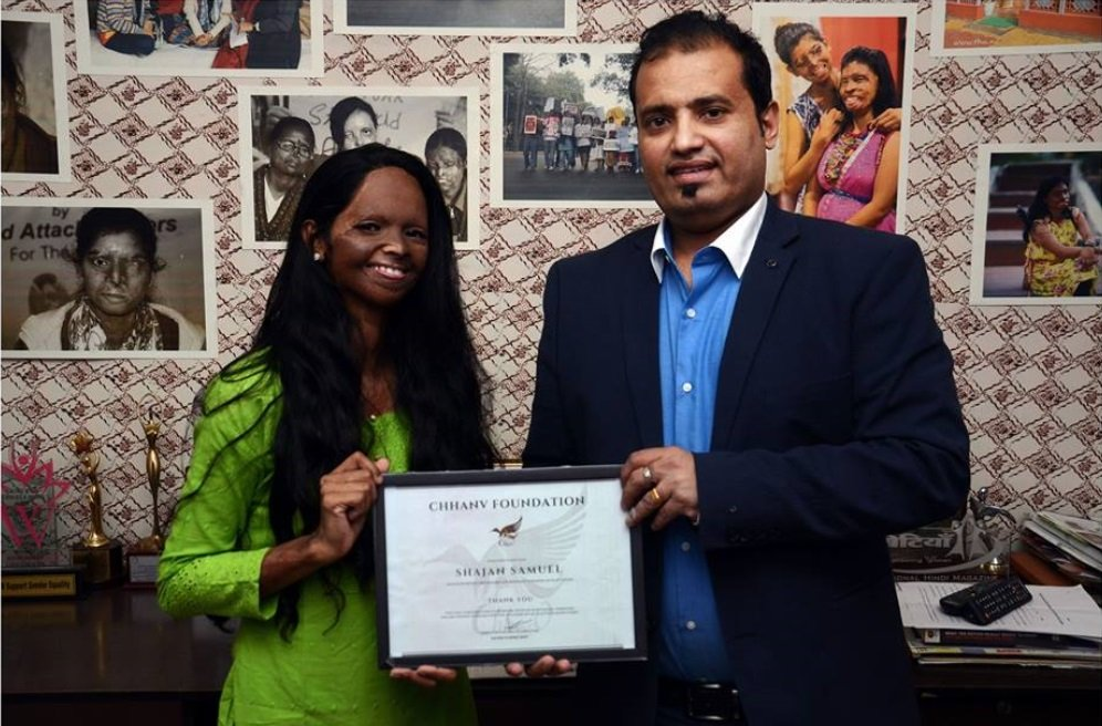 Laxmi-Agarwal-with-Shajan-Samuel-Be-An-Inspirer