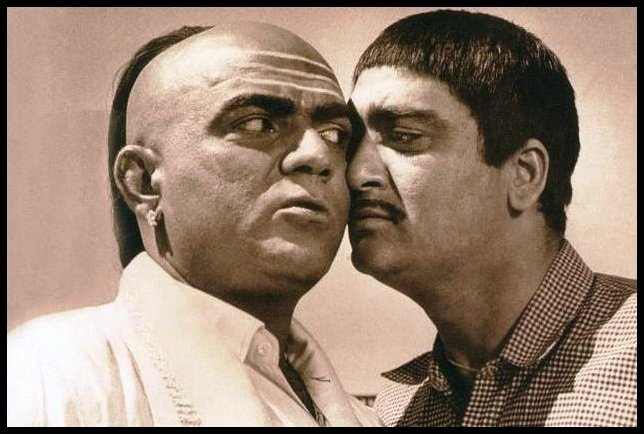 Actor-Mehmood-Ali-and-Sunil-Dutt-in-the-movie-Padosan-Be-An-Inspirer