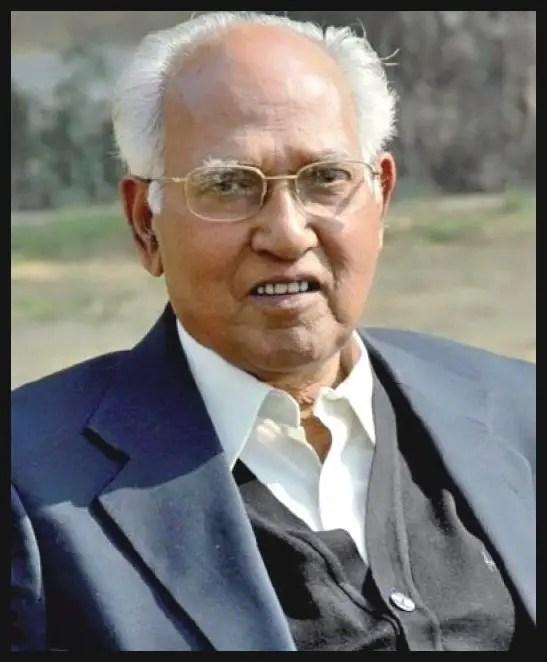 Dr-Pramod-Karan-Sethi-Master-Craftsman-of-Surgery-who-co-invented-the-Jaipur-Foot-Be-An-Inspirer