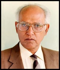 Dr.-Pramod-Karan-Sethi-Biography-Inspirer-Today-Be-An-Inspirer