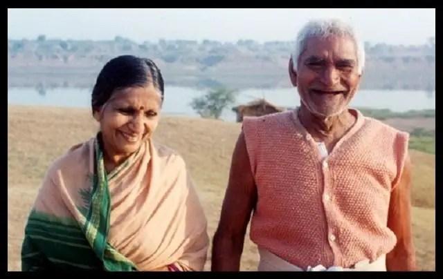 Baba-Amte-with-his-wife-Sadhna-Tai-Amte-Be-An-Inspirer
