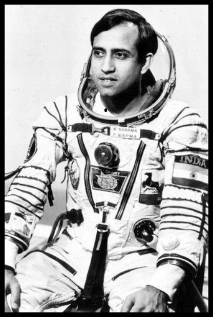 Rakesh Sharma – The First Indian Who Travelled To Space and Made Our Country Proud