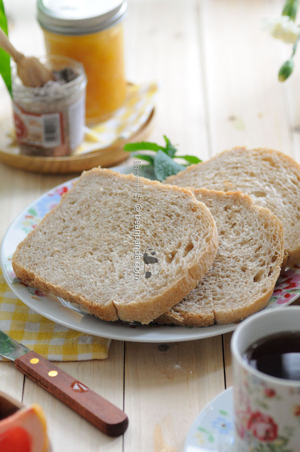 wheat_maple_bread_08