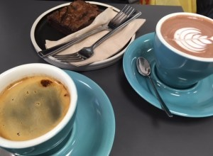 Coffee, hot chocolate and cake at Second Shot in Marylebone, Second Shot