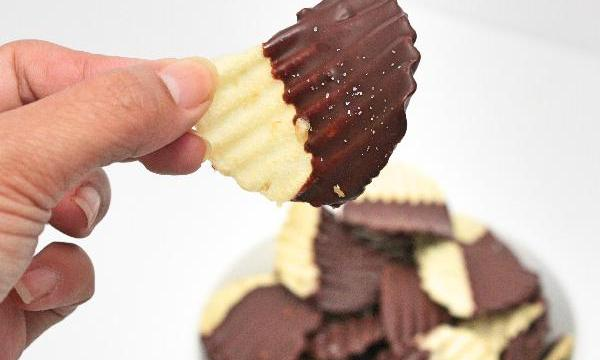 Chocolate Covered Chips | snack recipes | hors d'oeurves recipes | BearandBugEats.com