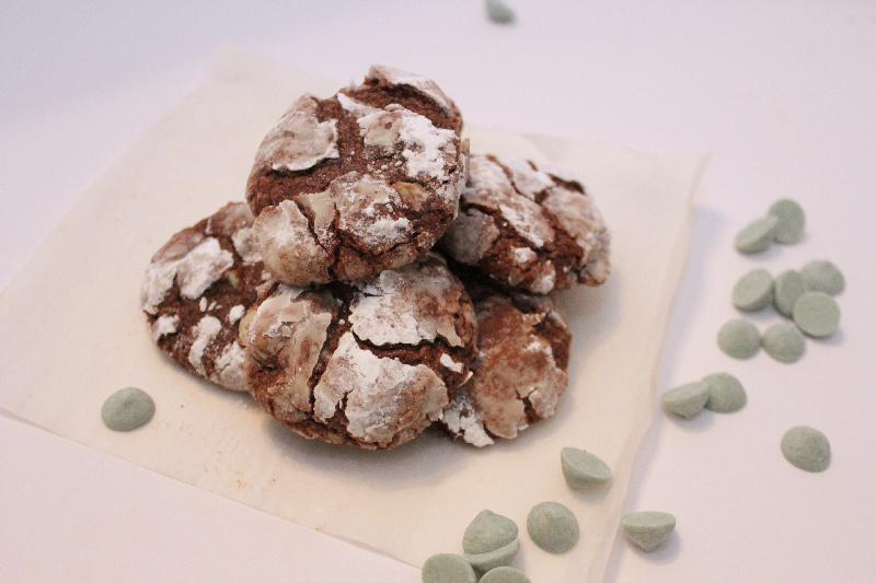 Thin Mint Crinkle Cookies