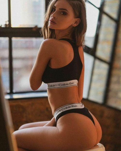 Calvin Klein Underwear CK women Bra&Thong Set