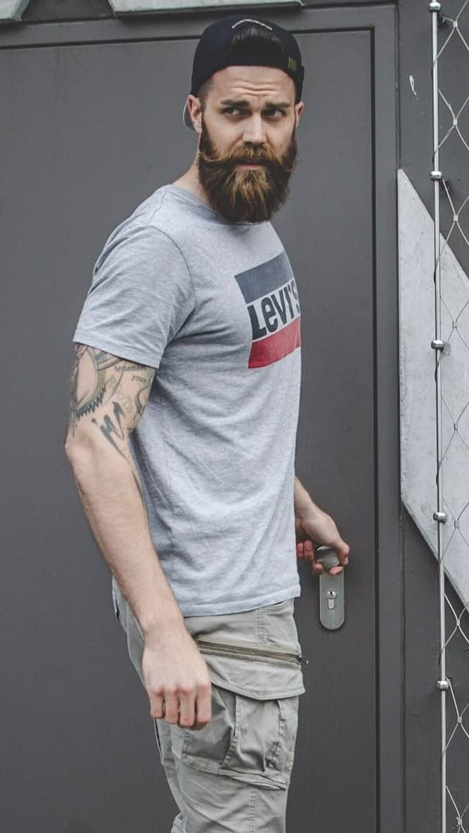 Beard And Hairstyle Combination For Men